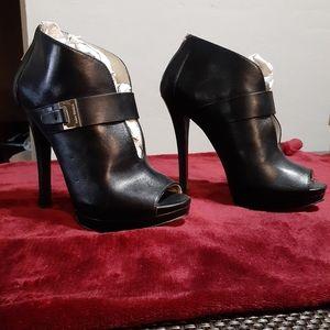 Black high heels/ boots